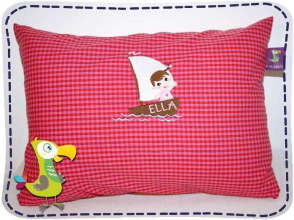 KakaduKid Girl im Boot Kissen Ella